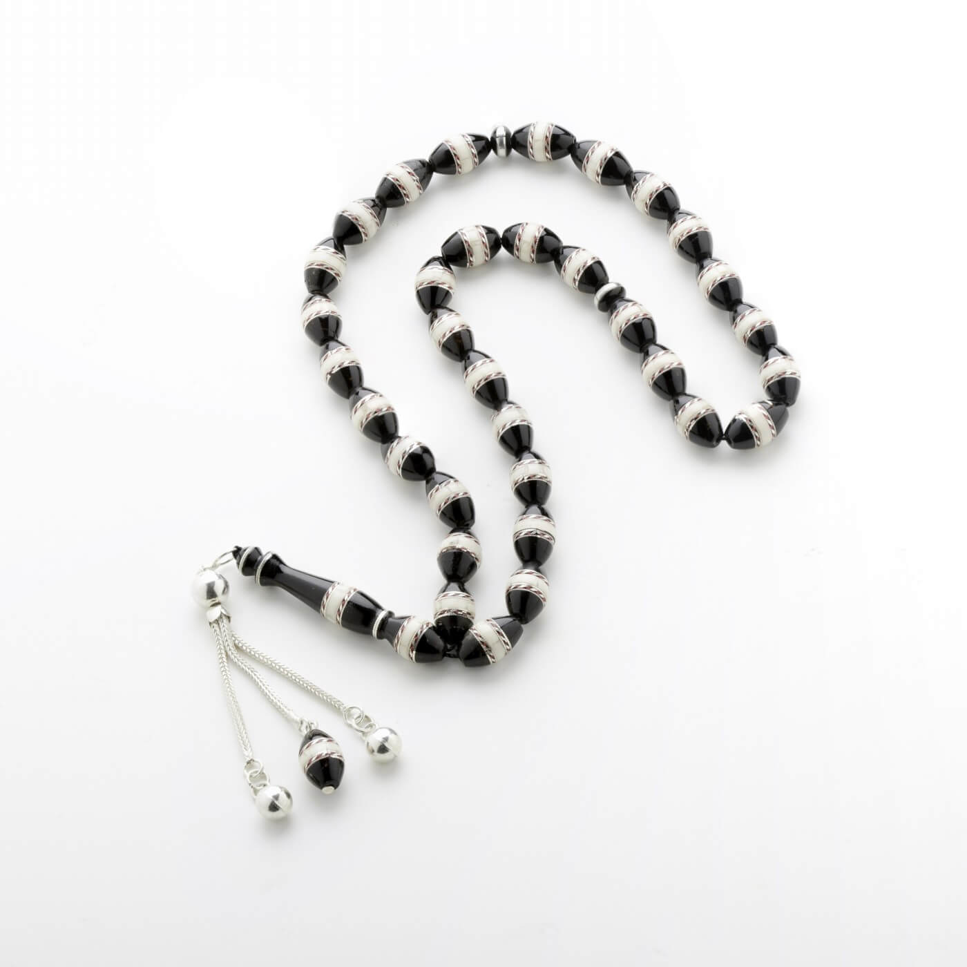 Yusur with Silver Strips Prayer Beads