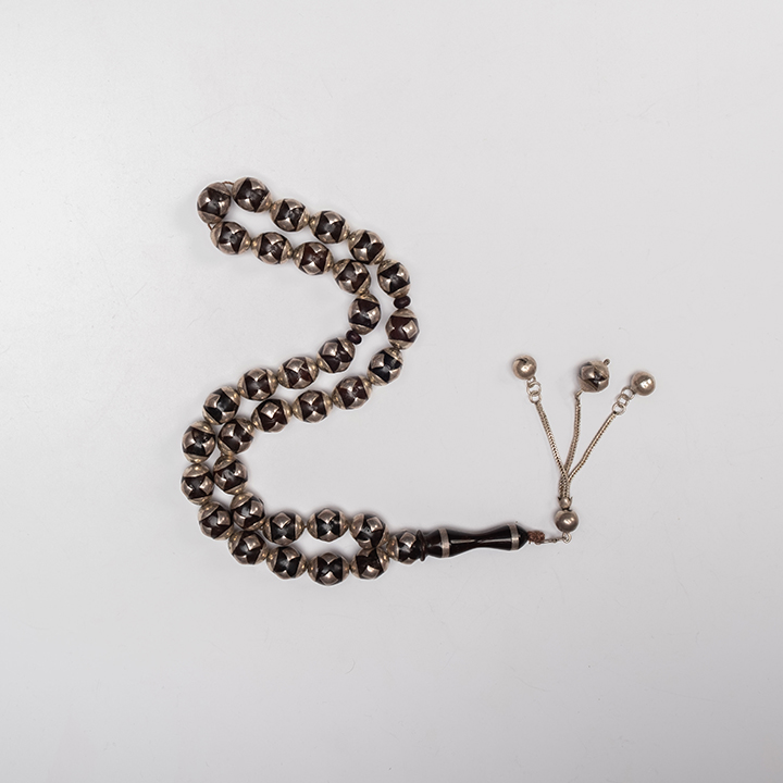 Cook Prayer Beads with Silver 4