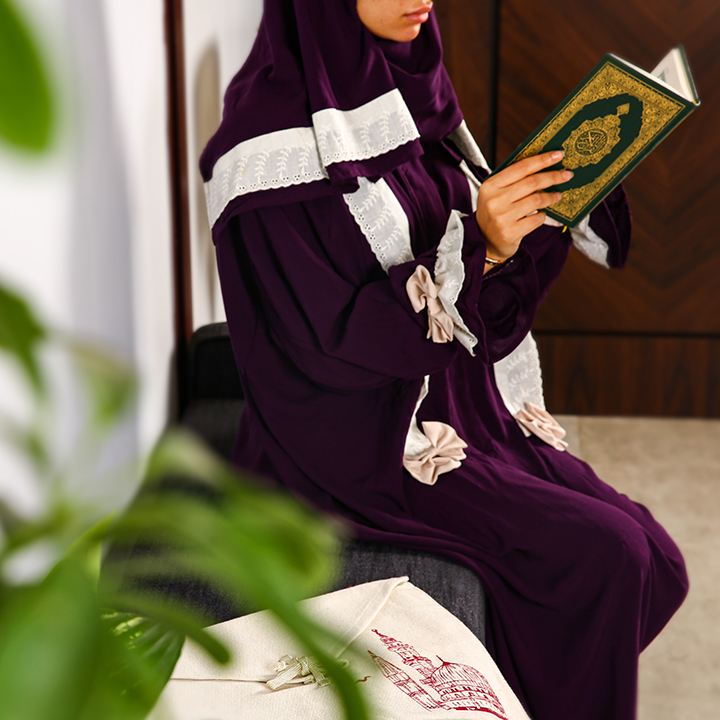 Plain Prayer Wear with Zipper S/M Purple