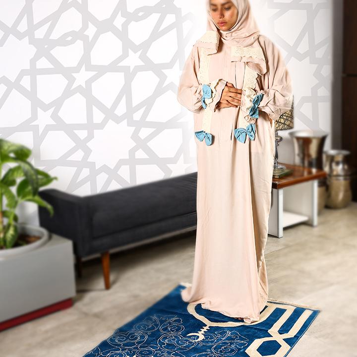 Plain Prayer Wear with Zipper S/M Beige