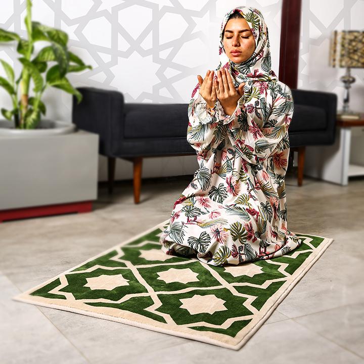 Plain Prayer Wear  (Sharshaf Salat Mosjar) with Buttons - L/XL - pattern 4