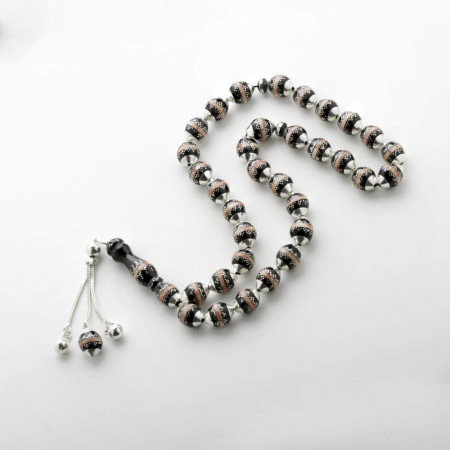 Yusur Dotted Prayer Beads
