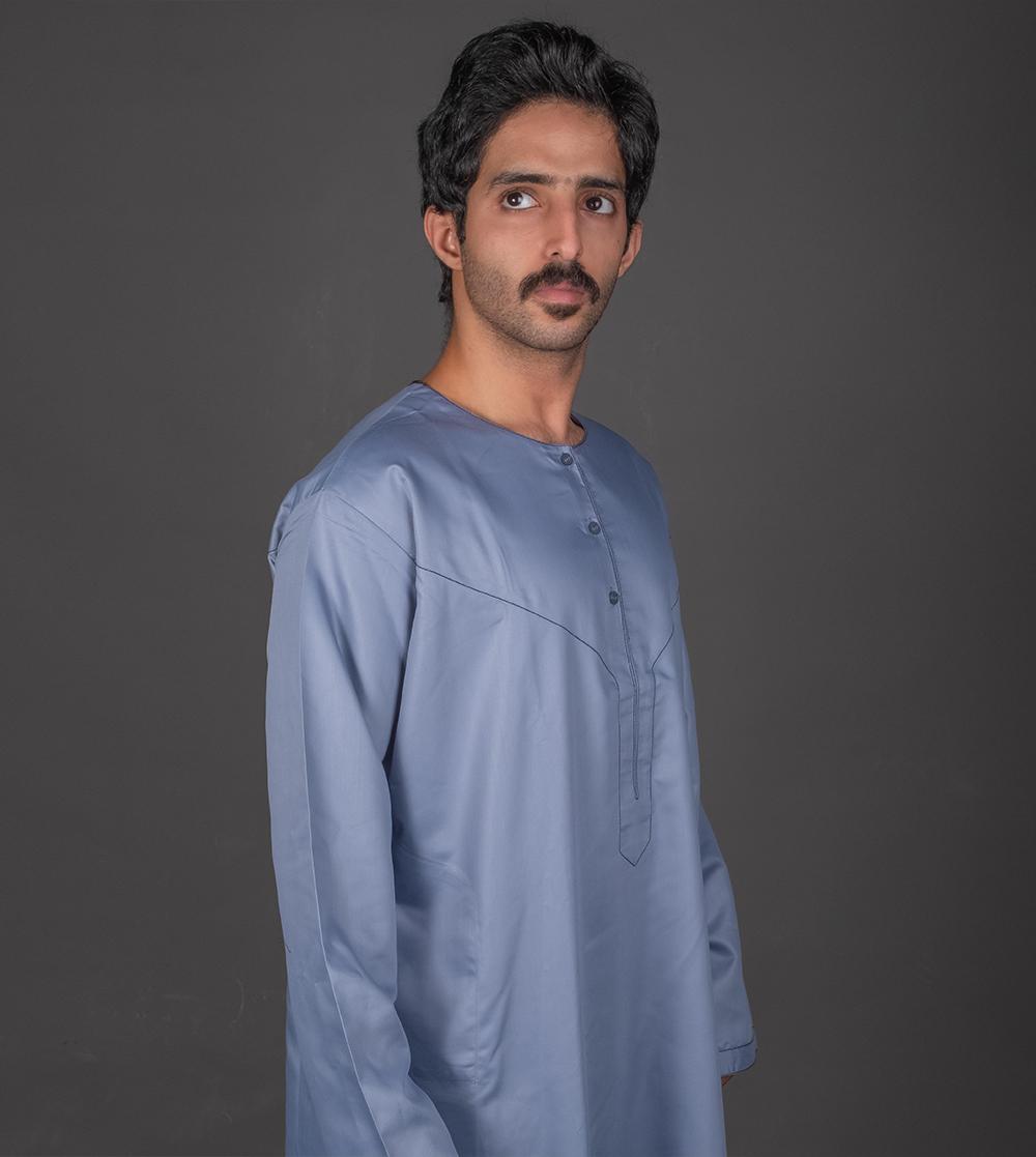 الثوب الإماراتي المعاصر