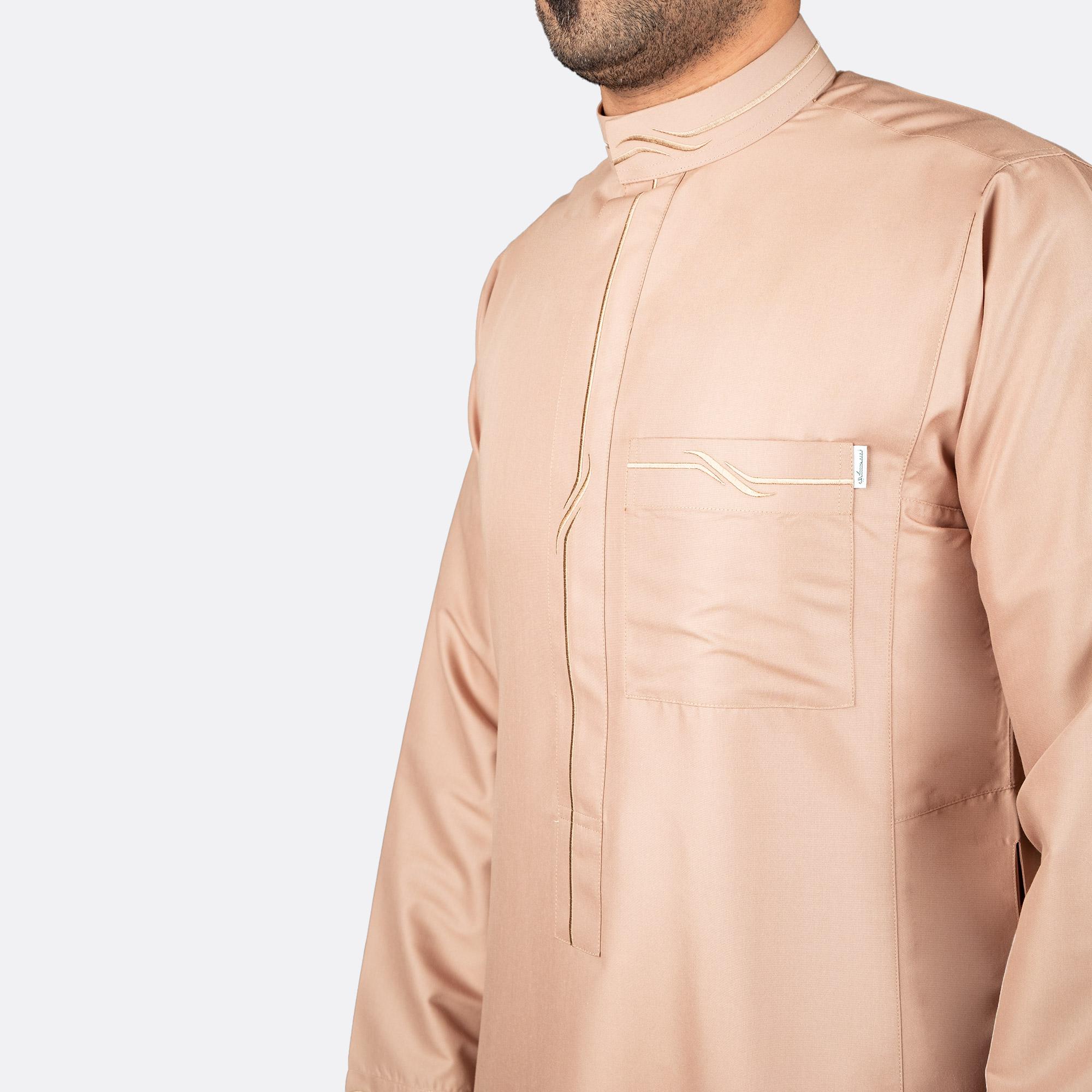 ثوب عصري مزخرف