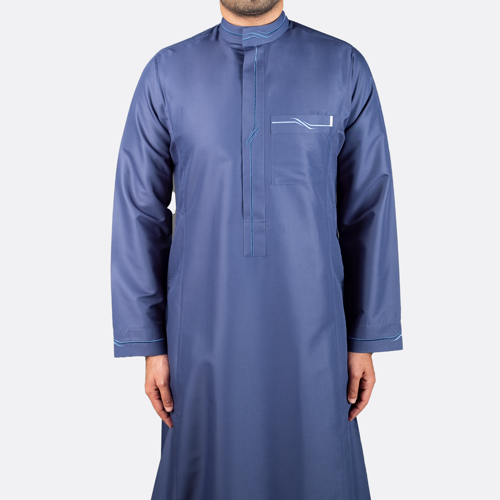 ثوب عصري مطرز لون أزرق غامق