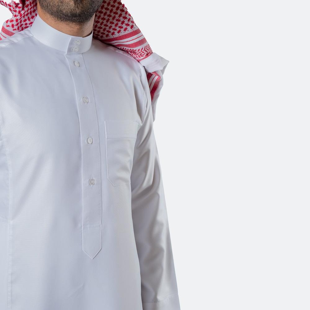 ثوب كلاسيكي فاخر أبيض